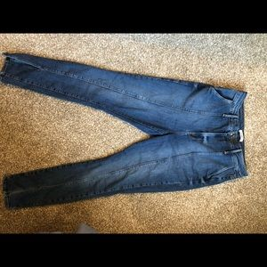 Size 30 NWT GOOD AMERICAN jeans